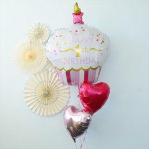 1歳の女の子のバルーン風船